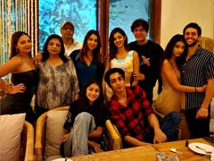 """Ananya Panday And Family Just Made """"Midnight Brunch"""" A Thing"""