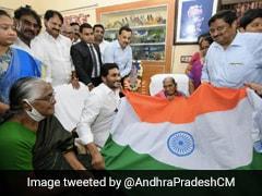 Andhra Chief Minister Seeks Bharat Ratna Award For Designer Of Indian Flag