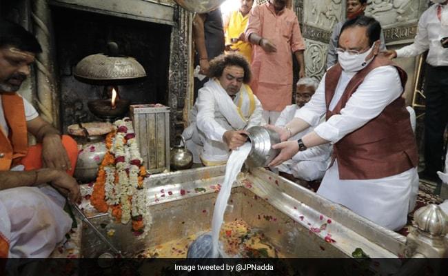 BJP Chief Visits Temples In UP, Eats Kachori, Jalebi After Prayers. See Photos