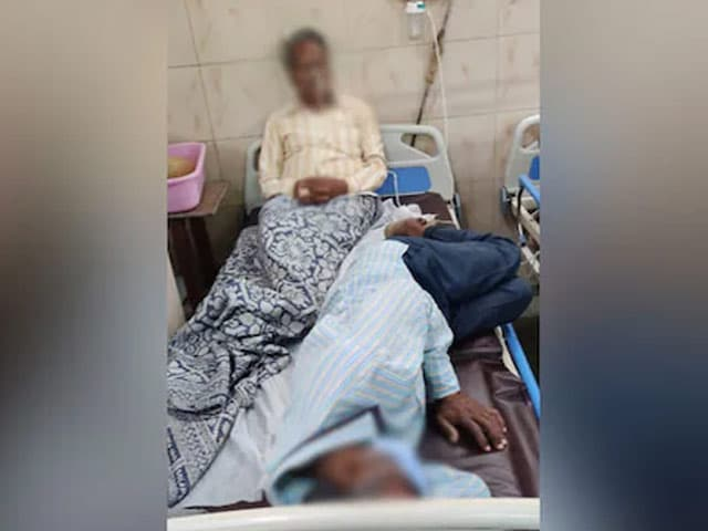 Video : 2 Covid Patients In Same Bed In Viral Photos From Nagpur Hospital