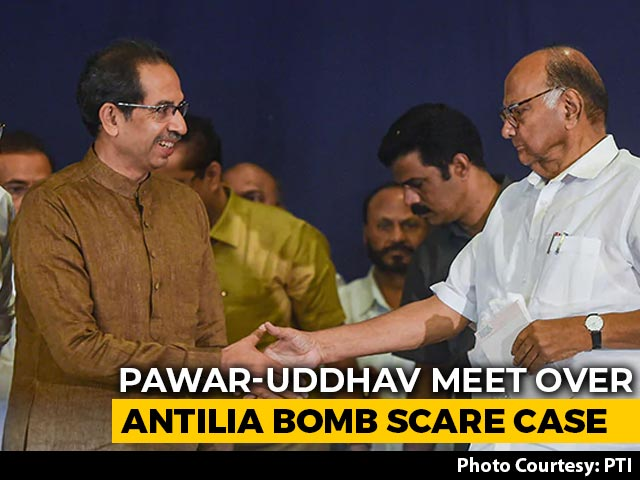 Video : Uddhav Thackeray Meets Sharad Pawar, Ministers Amid Turmoil Over Cop Case