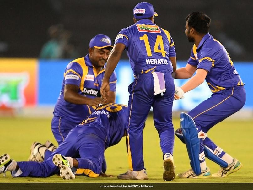 Road Safety World Series: Nuwan Kulasekaras Five-Wicket Haul Helps Sri Lanka Legends Enter Final