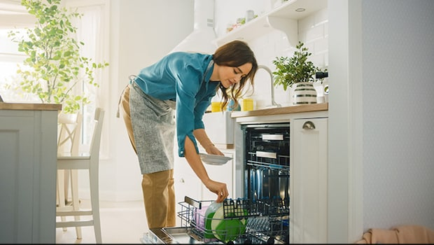 Amazon Great Indian Festival 2021: Get Dishwashers Starting At Rs.13,499
