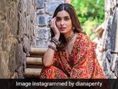 Diana Penty Takes Summer Fashion One Notch Up In A Vibrant Kurta Set