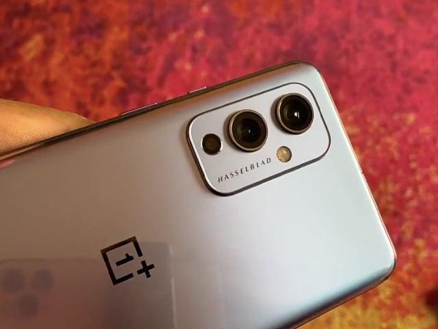 Video : OnePlus 9 Pro In-Depth Review in Hindi: ऊंची उड़ान या फीका पकवान?