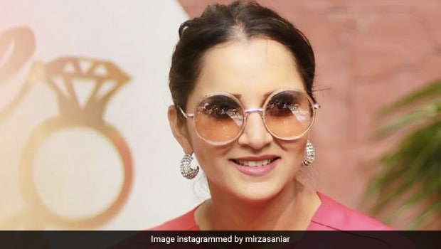 Sania Mirza Gets Massive Personalised Bread In Dubai; Her Friends Have The Best Reaction