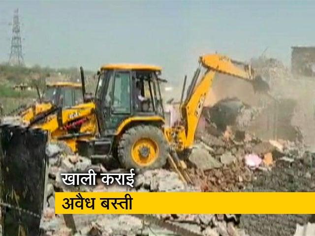 Videos : देश प्रदेश : सूरजकुंड के पास अवैध बस्ती हटाई गई