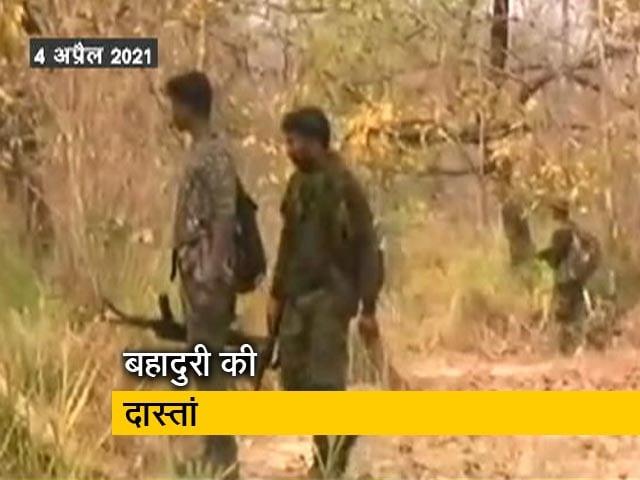 Videos : देश-प्रदेश : बहादुर जवानों की 'वीर गाथा', सिख जवान ने अपने जख्मी साथी के घाव पर बांधी पगड़ी