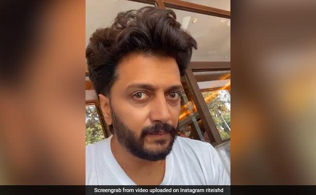 Riteish Deshmukh Shares ROFL Post Describing What He Eats For Breakfast