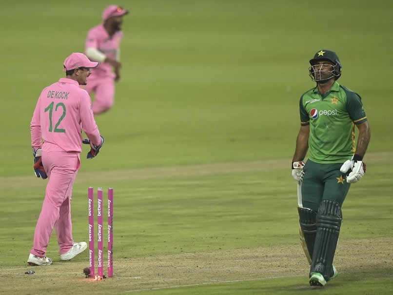 Quinton De Kock Escapes Fake Fielding Charge After Fakhar Zaman Run Out: Report