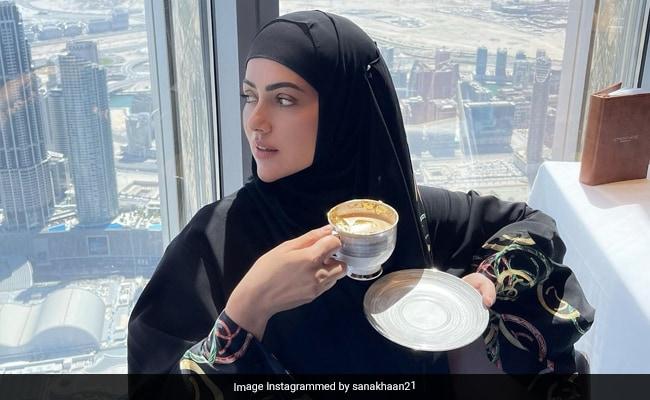 Inside Sana Khan's Lavish Breakfast With A View Atop Burj Khalifa (See Pics)