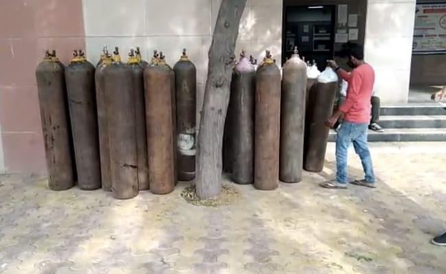 Center vs Delhi In Court Over Oxygen