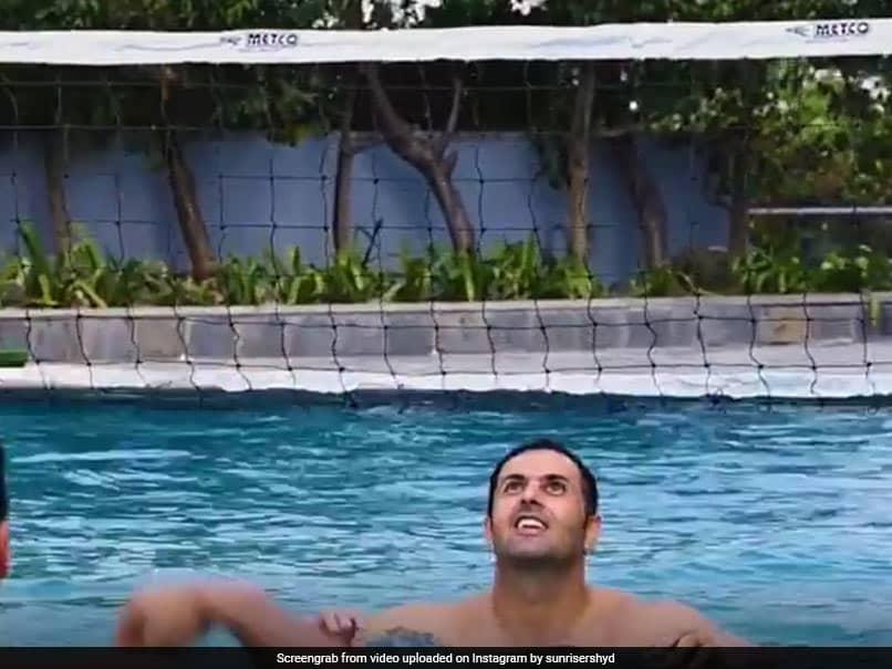 IPL 2021: SunRisers Hyderabad Players Out Of Quarantine, Enjoy Team Room Luxuries. Watch
