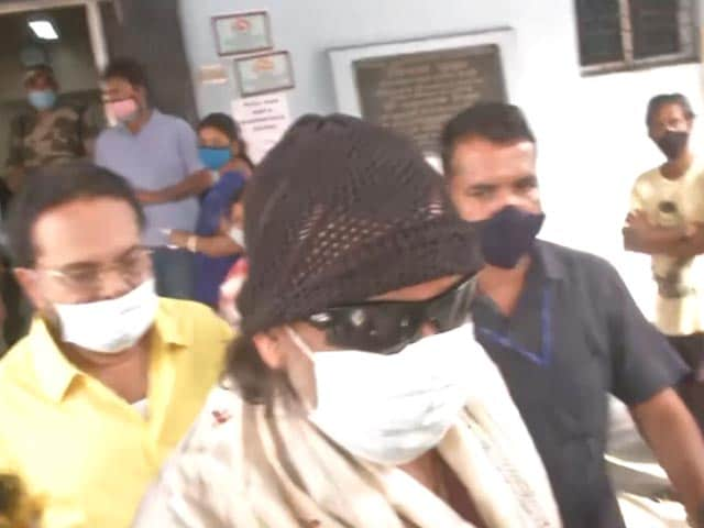 Video : Mithun Chakraborty Votes In Eighth And Final Phase Of Bengal Polls