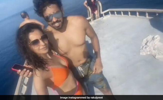 Rakul Preet Singh's Siblings Day Post Is The Definition Of Cool
