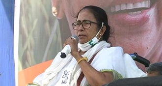 Mamata Banerjee Rules Out Lockdown In Bengal, Assures Vaccination For All Above 18