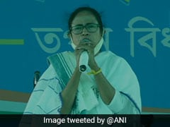 """""""Can't Surrender Bengal To Two Goons Of Delhi"""": Mamata Banerjee"""