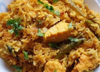 Indian Cooking Tips: How To Make Quick And Easy Fish Pulao (Recipe Video Inside)