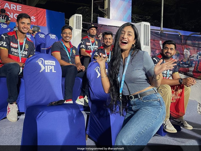 IPL 2021: When Yuzvendra Chahal's Wife Dhanashree Verma Lost Her Voice During SRH vs RCB Thriller