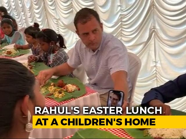 """Video : Rahul Gandhi Joined By """"Lovely Virtual Guest"""" On Easter In Kerala"""