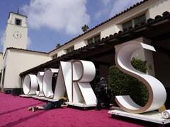 Oscars 2021: Unique Academy Awards To Reunite Stars As <I>Nomadland</i> Seeks Big Win