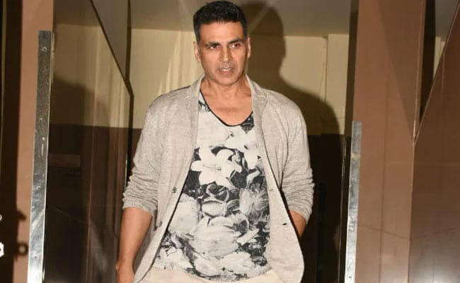 Akshay Kumar Hospitalised After Testing COVID-19 Positive: 'Hope To Be Back Home Soon'