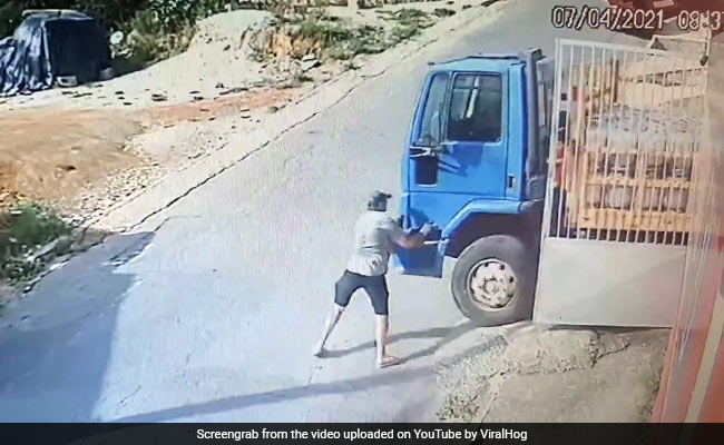Watch: Truck Starts Rolling Away Without Driver. Then...