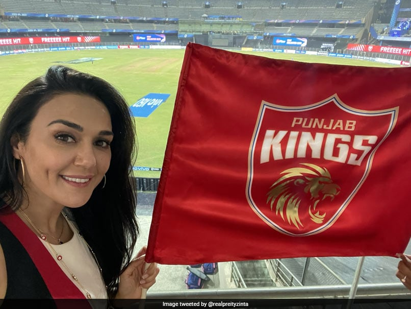 IPL 2021, RR vs PBKS: Preity Zinta Reacts To Punjab Kings' Nerve-Wracking Win Over Rajasthan Royals