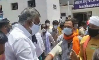 'दो थप्पड़ मारूंगा': केंद्रीय मंत्री ने ऑक्सीजन की मांग कर रहे शख्स को दिया ये जवाब