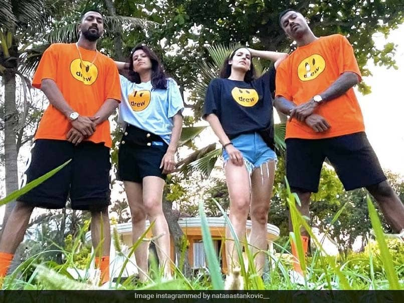 """The Pandyas Swag"": Hardik Pandya, Natasa Stankovic Shake A Leg With Krunal Pandya And His Wife. Watch"