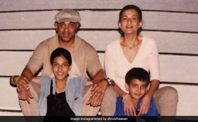 Shruti's 'Favourite' Throwback Pic With Dad Kamal Haasan, Mom Sarika And Sister Akshara