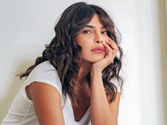 Priyanka Chopra Has Been Addressing Questions After Her Vaccine Tweet. Read Her Replies