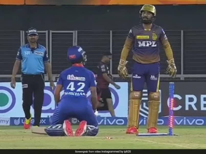IPL 2021: Shikhar Dhawan Drops To His Knees On Dinesh Karthiks Cue In Hilarious Banter. Watch