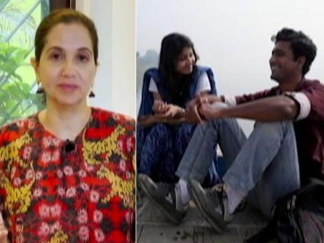 "Video : <i> Ajeeb Daastaans</i>: Anupama Chopra's Review - <i>Geeli Puchi</i> Is The ""Clear Winner"""