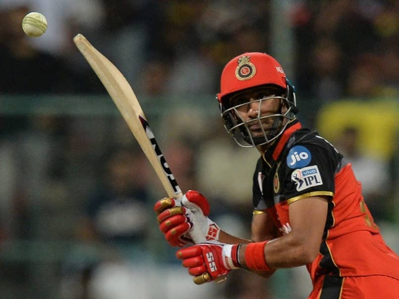Gurkeerat Singh Mann who last played for Royal Challengers Bangalore was signed as replacement for Rinku Singh © AFP