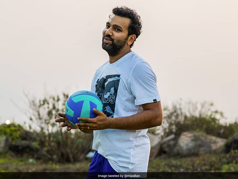 IPL 2021: Mumbai Indians Captain Rohit Sharma Tries His Hand At Volleyball. See Pics