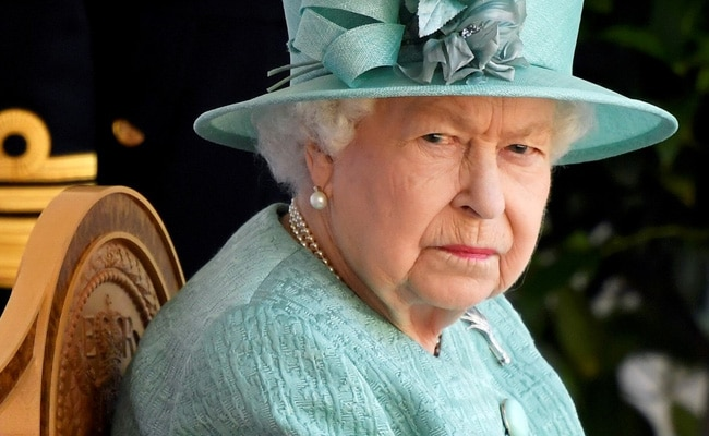 Amid Royal Crisis, Queen Elizabeth Hopeful Things Will Be 'Right In The End': Report
