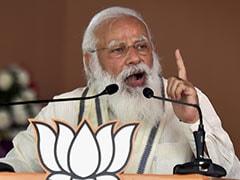 """<i>Bhaipo</i> Service Tax"": PM Modi Slams Trinamool, Mamata Banerjee"