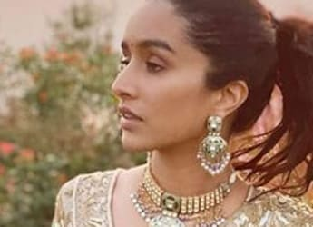 Shraddha Kapoor's Digs Into Her 'Favourite' Salad In Maldives, Droolworthy Pic Inside