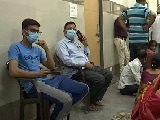 Video : In UP's Noida, Many Vaccine Centres Shut