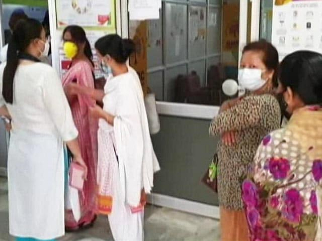 Video : Vaccines For All: Private Hospital Waiting For Government SOPs