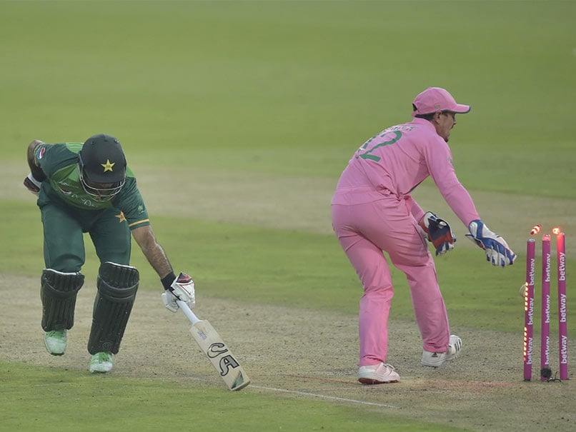 """""""Check Both Ways"""" Mitchell McClenaghan Defends Quinton De Kock In Fakhar Zaman Run-Out"""