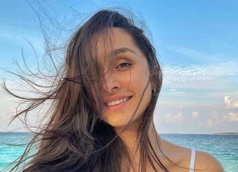 Shraddha Kapoor Has The Most Interesting Way Of Eating Rajma Chawal And We're Intrigued