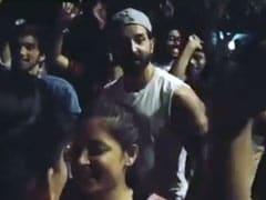 Hrithik Roshan ने पवन सिंह के 'लॉलीपॉप लागेलू' सॉन्ग पर जमकर किया था डांस, देखें Video