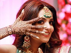 Inside <i>The Kapil Sharma Show</i> Star Sugandha Mishra's <i>Mehndi</I> Ceremony