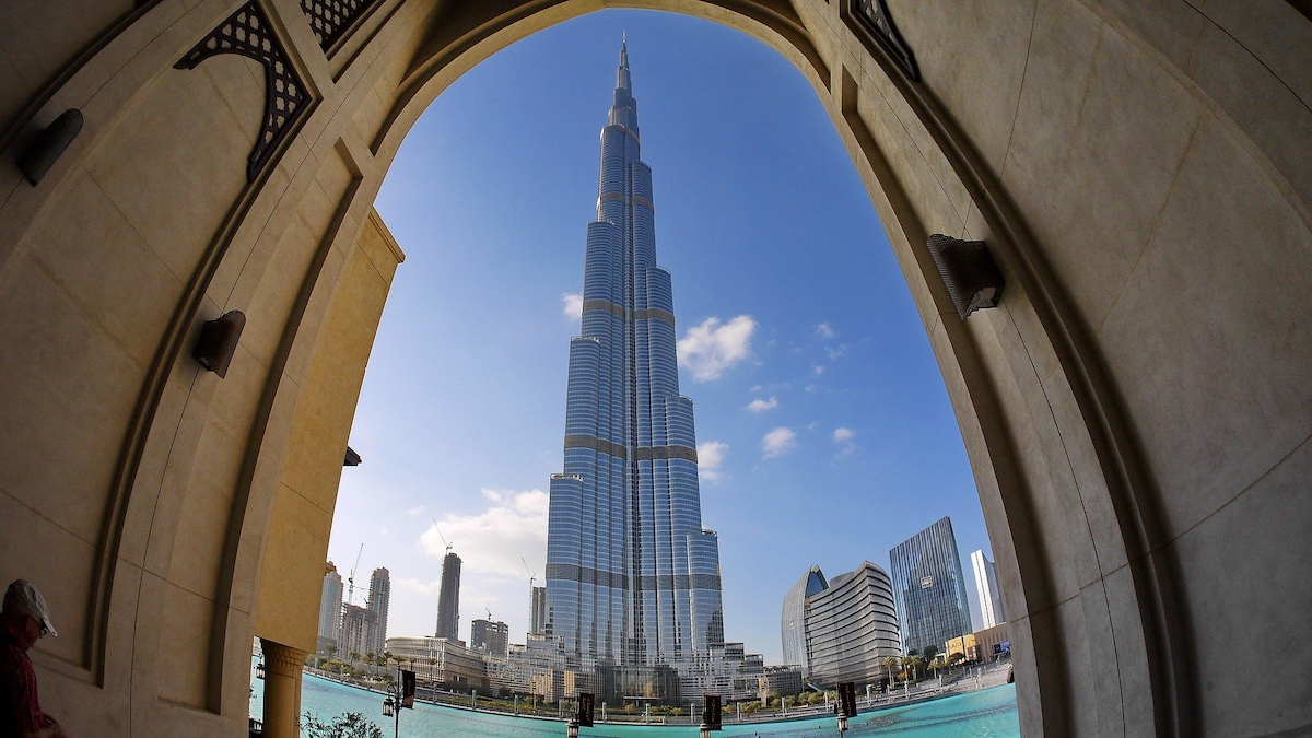 Dubai: Your Go-To Guide To Experience The Best Of All Worlds In One City