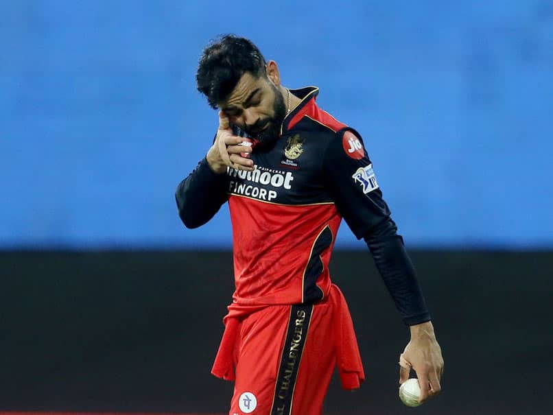 IPL 2021, MI vs RCB: Virat Kohli Drops A Catch, Gets Hit Under The Eye. Watch