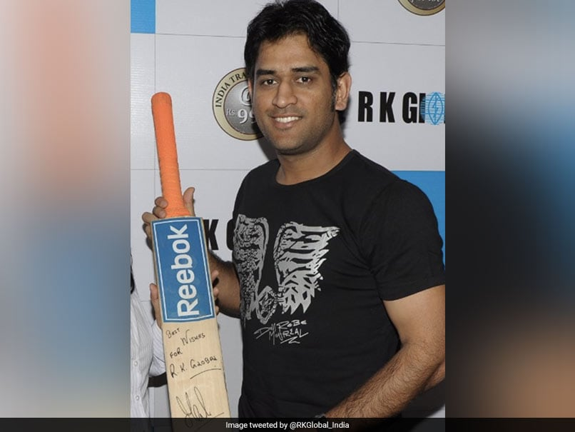 MS Dhoni's World Cup Final Bat Entered The Guinness Book Of World Records In 2011. Here's Why - NDTV Sports