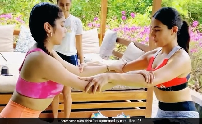 Sara Ali Khan And Janhvi Kapoor Working Out Together. Need We Say More?