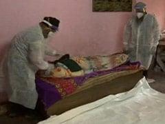 As Covid Ravages Delhi, 2 Men Arrange Funerals For Those Who Have None